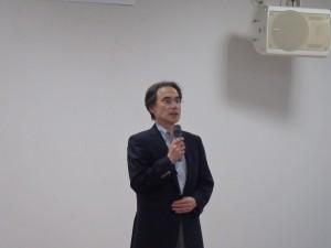 柳井雅人所長による開会挨拶