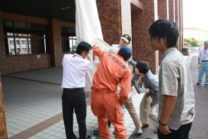 救助袋による避難訓練