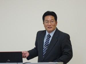川野祐二教授による報告