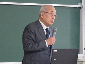 荻野理事長による基調講演