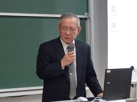 川波学長による開会挨拶