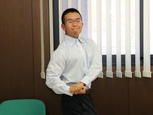 191105_02_福田さんポージング