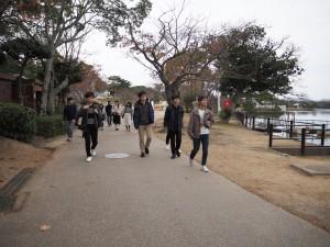 ときわ公園内を散策しながら移動